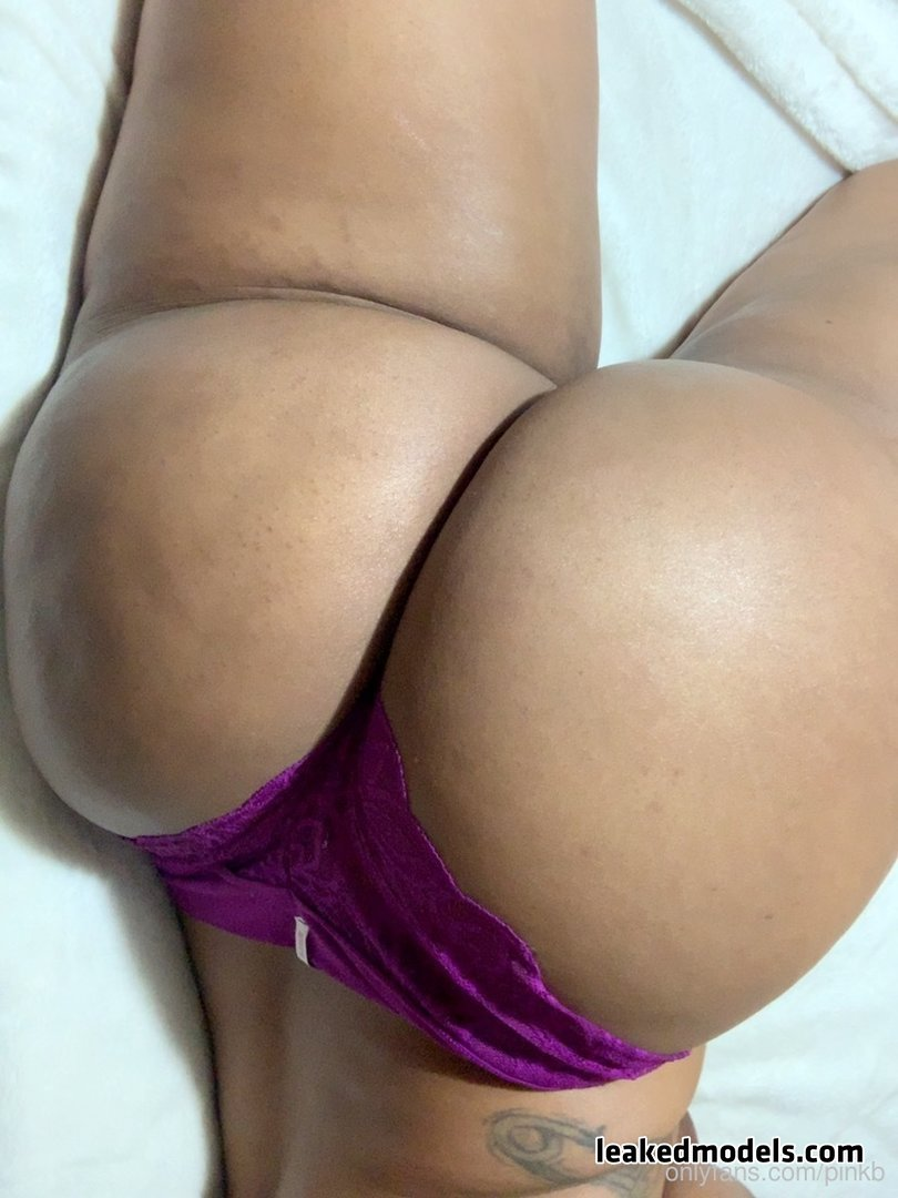 PinkB Leaks (12 Photos and 10 Videos)